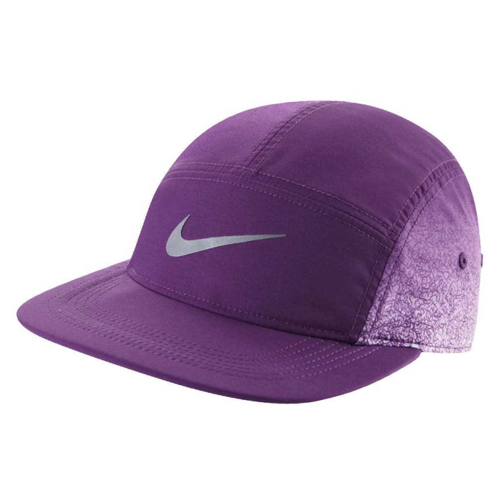 NIKE Women's Graphic AW84 Athletic Cap - BRIGHT CRIMSON