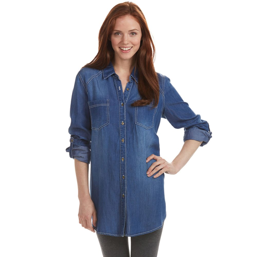 TAYLOR & SAGE Juniors' Washed Denim Button-Down Tunic - INDIGO