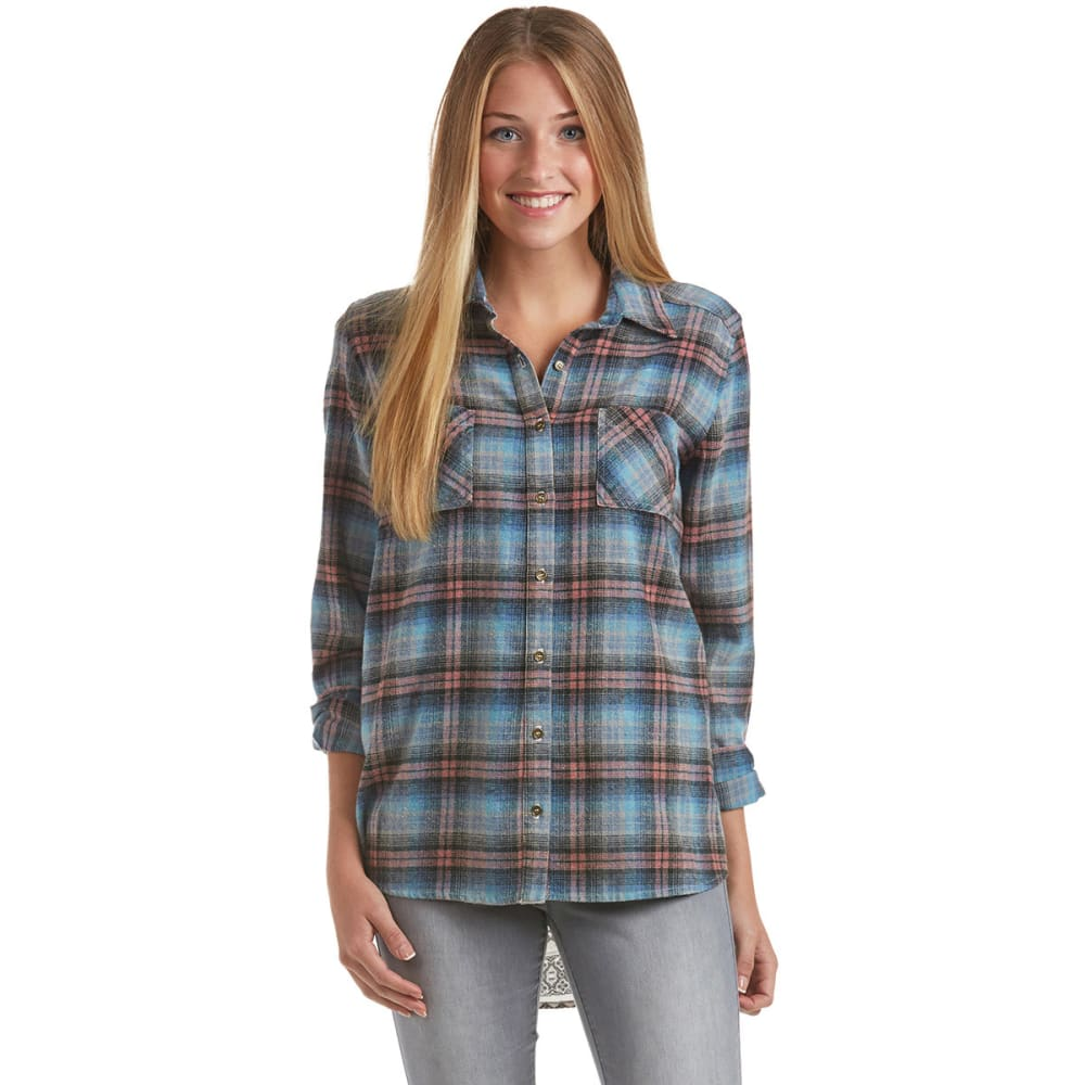 TAYLOR & SAGE Juniors' Plaid Button Down with Printed Back - BLUE