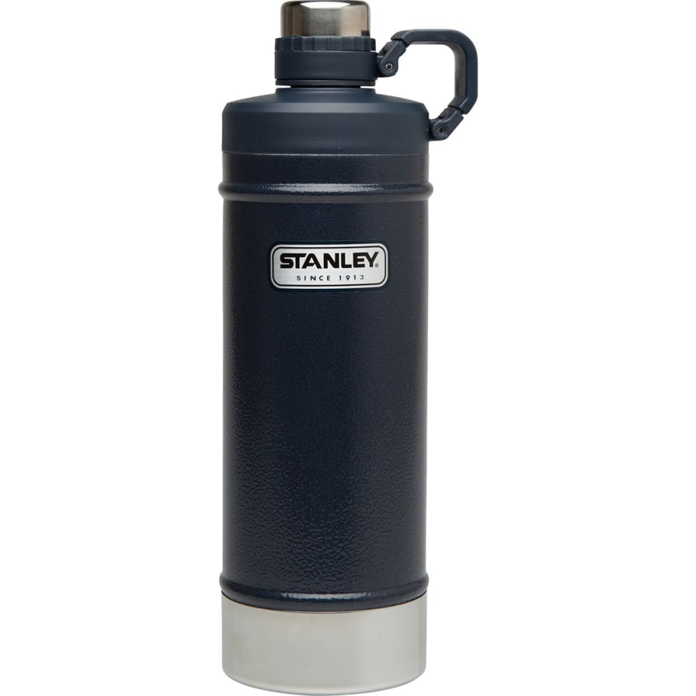 STANLEY Classic Vacuum Water Bottle, 21 oz. - NAVY