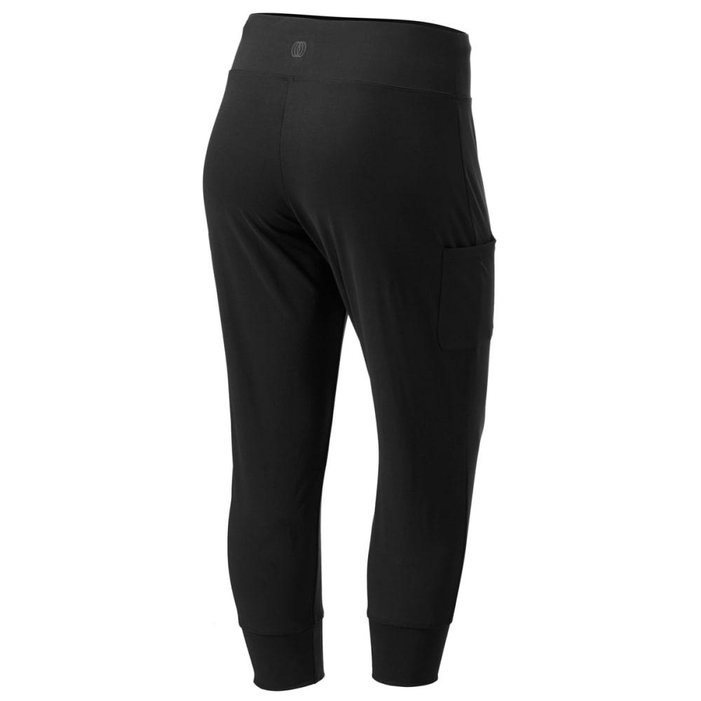 MARIKA BALANCE COLLECTION Women's Relaxed Fit Capris - BLACK