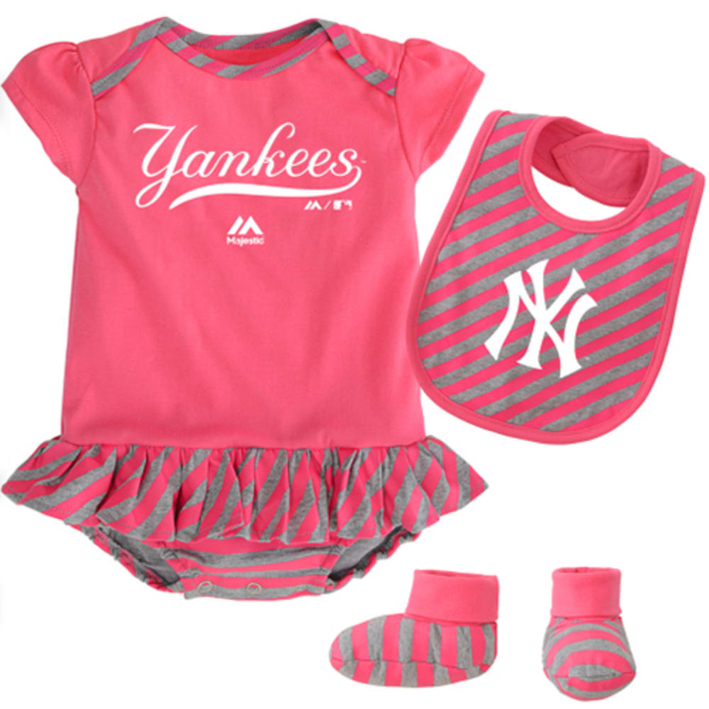 NEW YORK YANKEES Bodysuit, Bootie, and Bib Set - YANKEES
