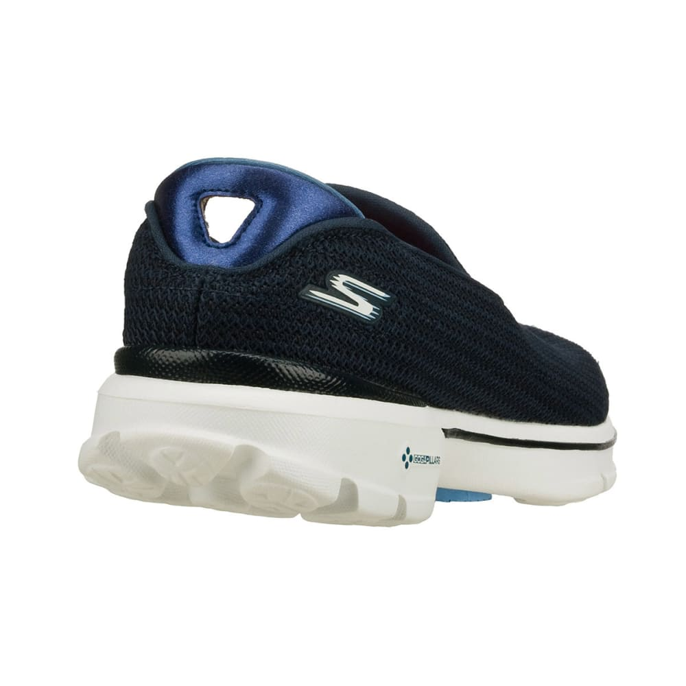 SKECHERS Women's GOWalk Slip On Athletic Shoes - NAVY/WHITE