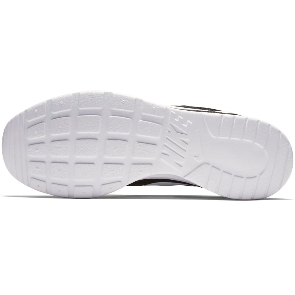 NIKE Women's Tanjun Sneakers - BLACK/WHITE-011