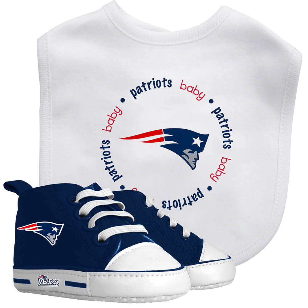 NEW ENGLAND PATRIOTS Infant's Pre-Walker and Bib Set - MULTI