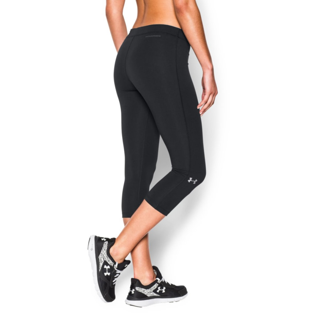 UNDER ARMOUR Women's Favorite Solid Capri Pants - BLACK-001