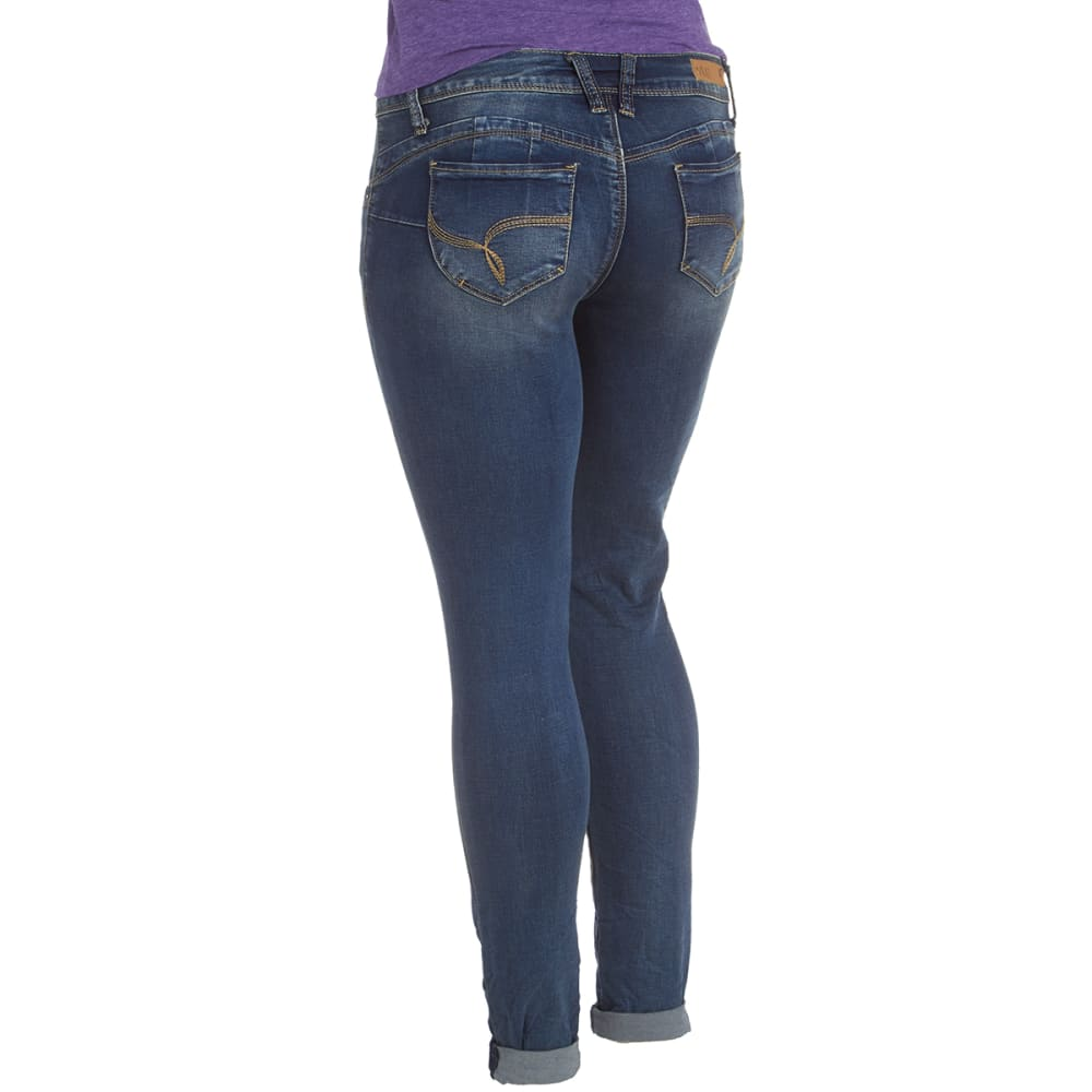 YMI Juniors' Wanna Betta Butt Skinny Jeans - S250 DK WASH