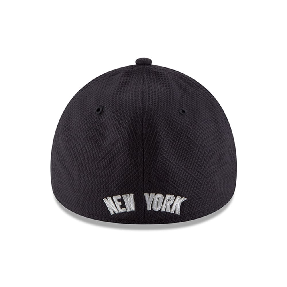 NEW YORK YANKEES Men's Diamond Era 39Thirty Flexfit Hat - NAVY