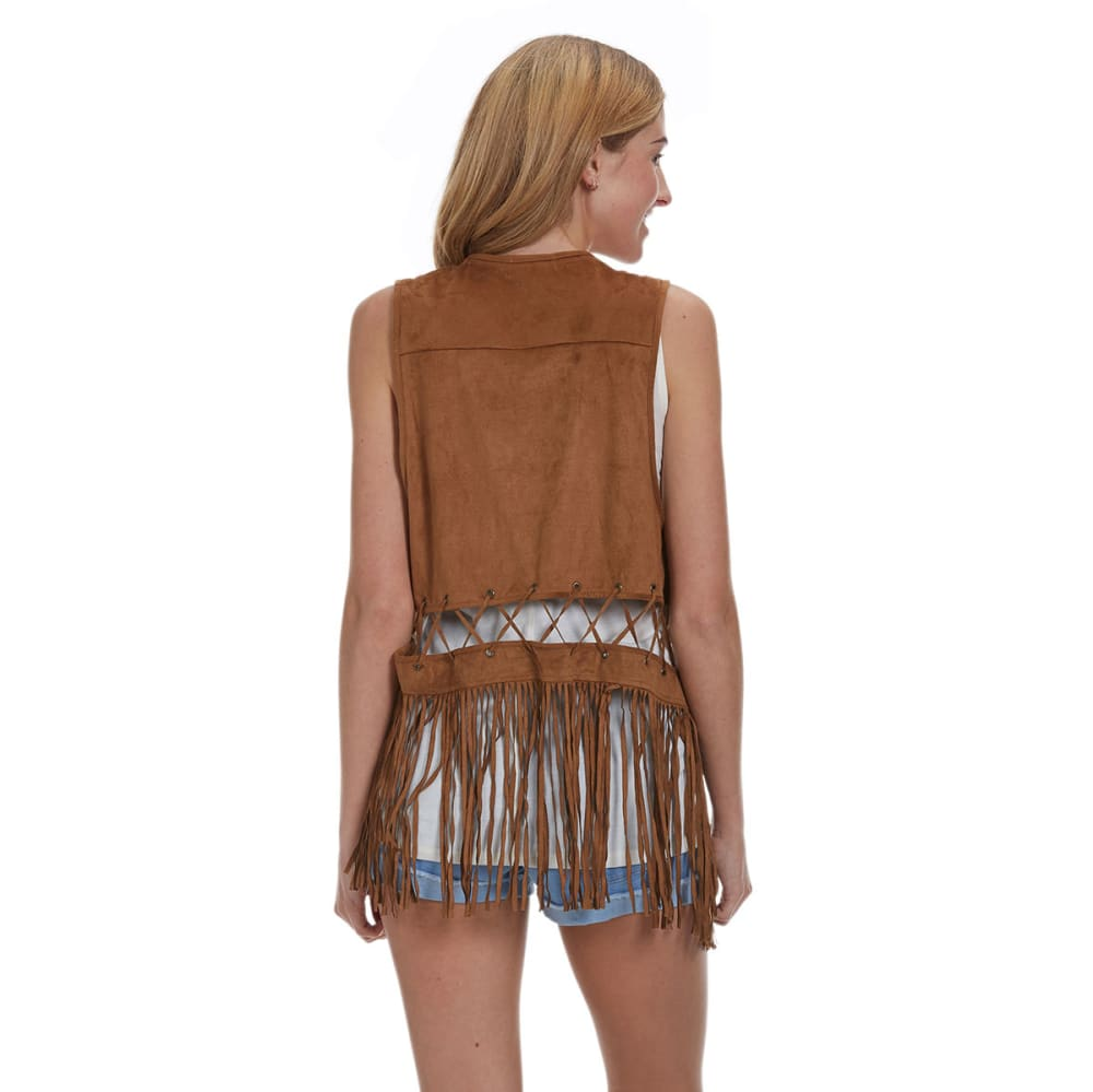 TAYLOR & SAGE Juniors' Stretch Suede Fringe Vest - BROWN