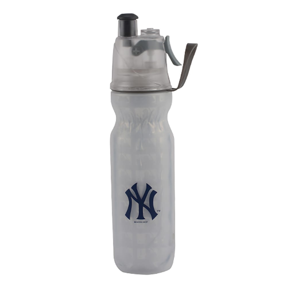 NEW YORK YANKEES Arctic Squeeze Mist 'N Sip Bottle - WHITE