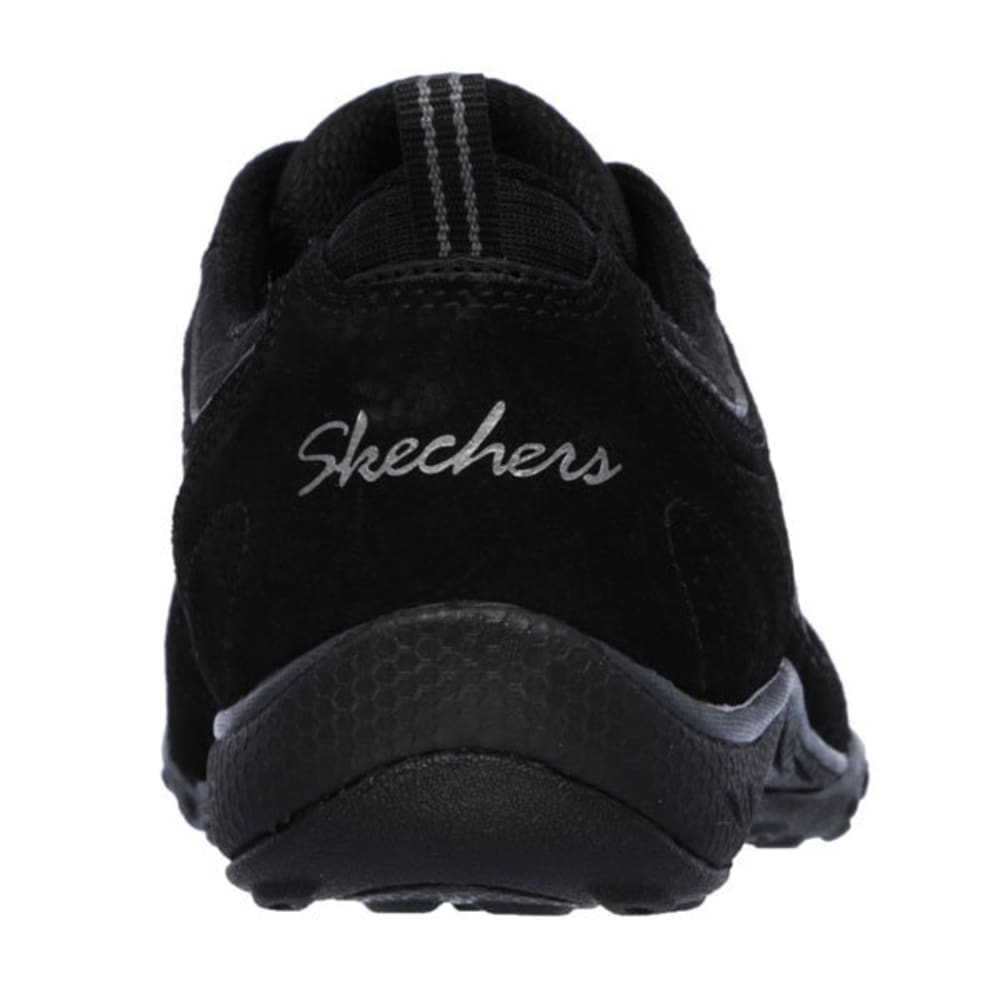 SKECHERS Women's Relaxed Fit: Breathe Easy – Good Luck Sneakers - BLACK