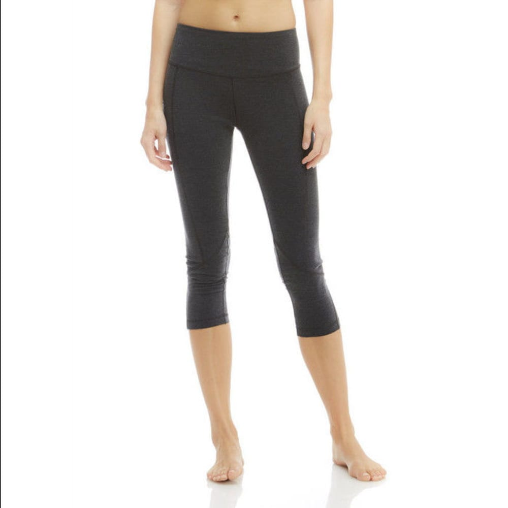 MARIKA Women's Carrie Ultimate Slimming Capri Leggings S