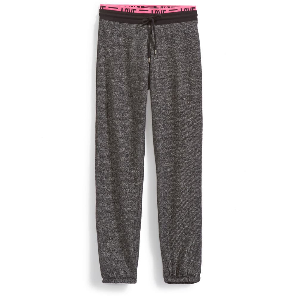 MISS CHIEVOUS Juniors' Love Capri Sweatpants - BLACK