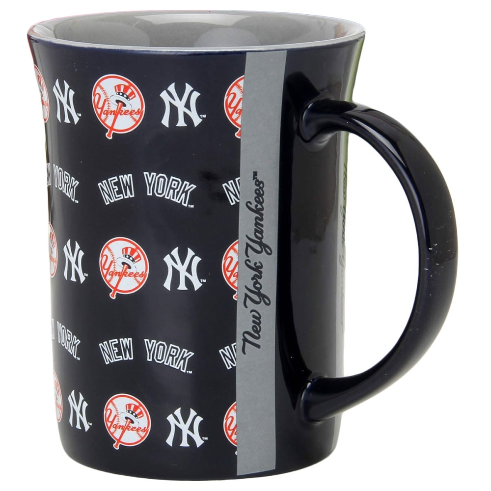 NEW YORK YANKEES 15 oz. Line Up Mug - ASSORTED