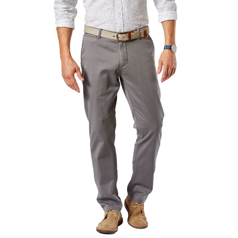 DOCKERS Men's Washed Khaki Slim Fit Tapered Pants 33/30