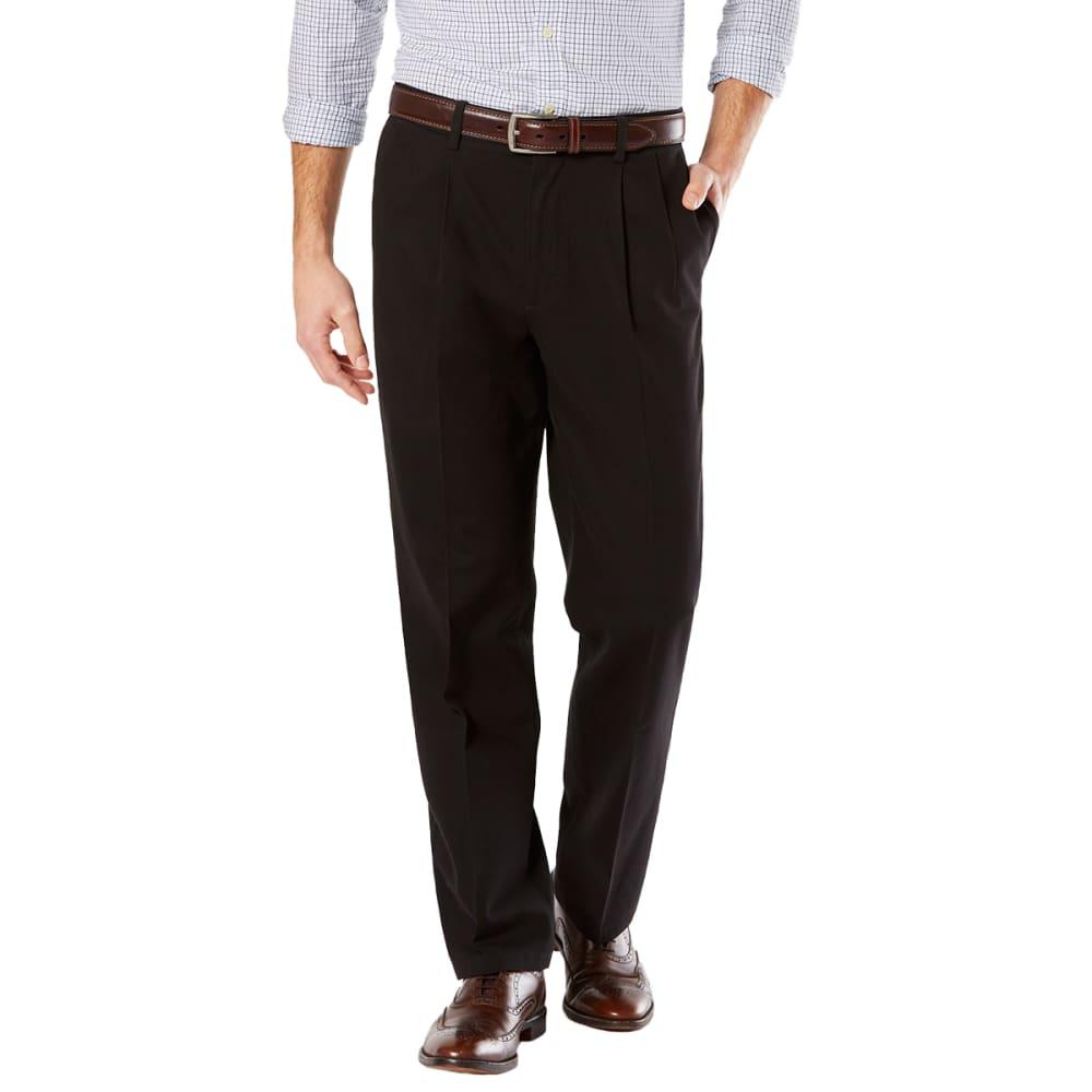 DOCKERS Men's Signature Stretch Pleated Classic Fit Khaki Pants 30/32