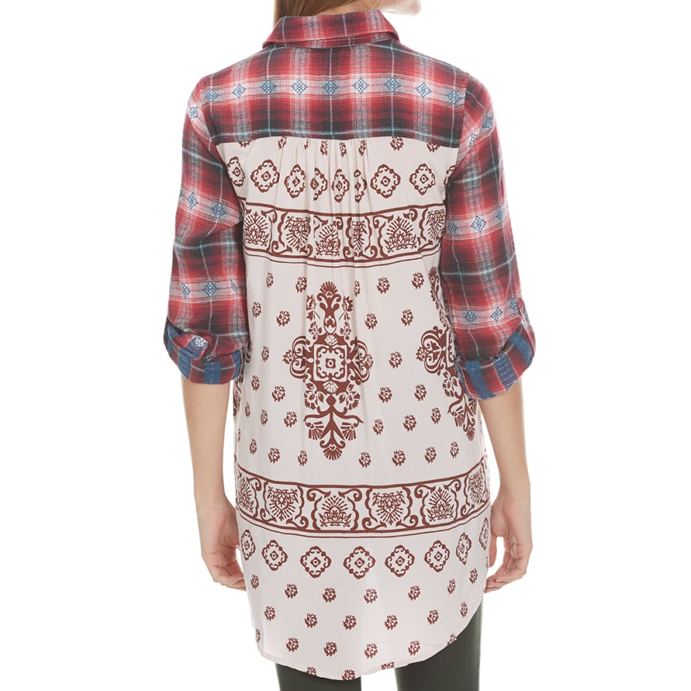 TAYLOR & SAGE Juniors' Flannel Printed Back High-Low Top - CRS-CRIMSON SAND