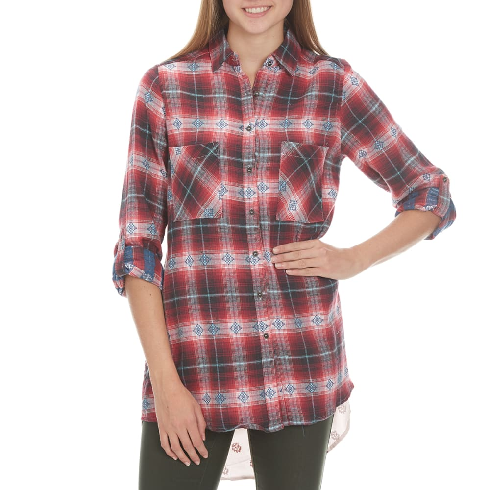 TAYLOR & SAGE Juniors' Flannel Printed Back High-Low Top - CRS-CRIMSON SAND