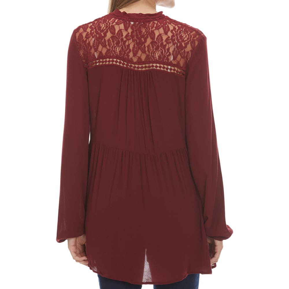 TAYLOR & SAGE Juniors' Tie Neck Button Front Lace Yoke Tunic - RIW-RICH WINE
