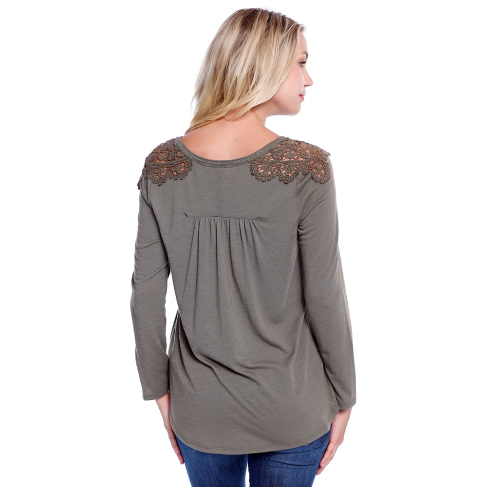 TAYLOR & SAGE Juniors' Crochet Shoulder V-Neck Top - TED-TEAK DRAB