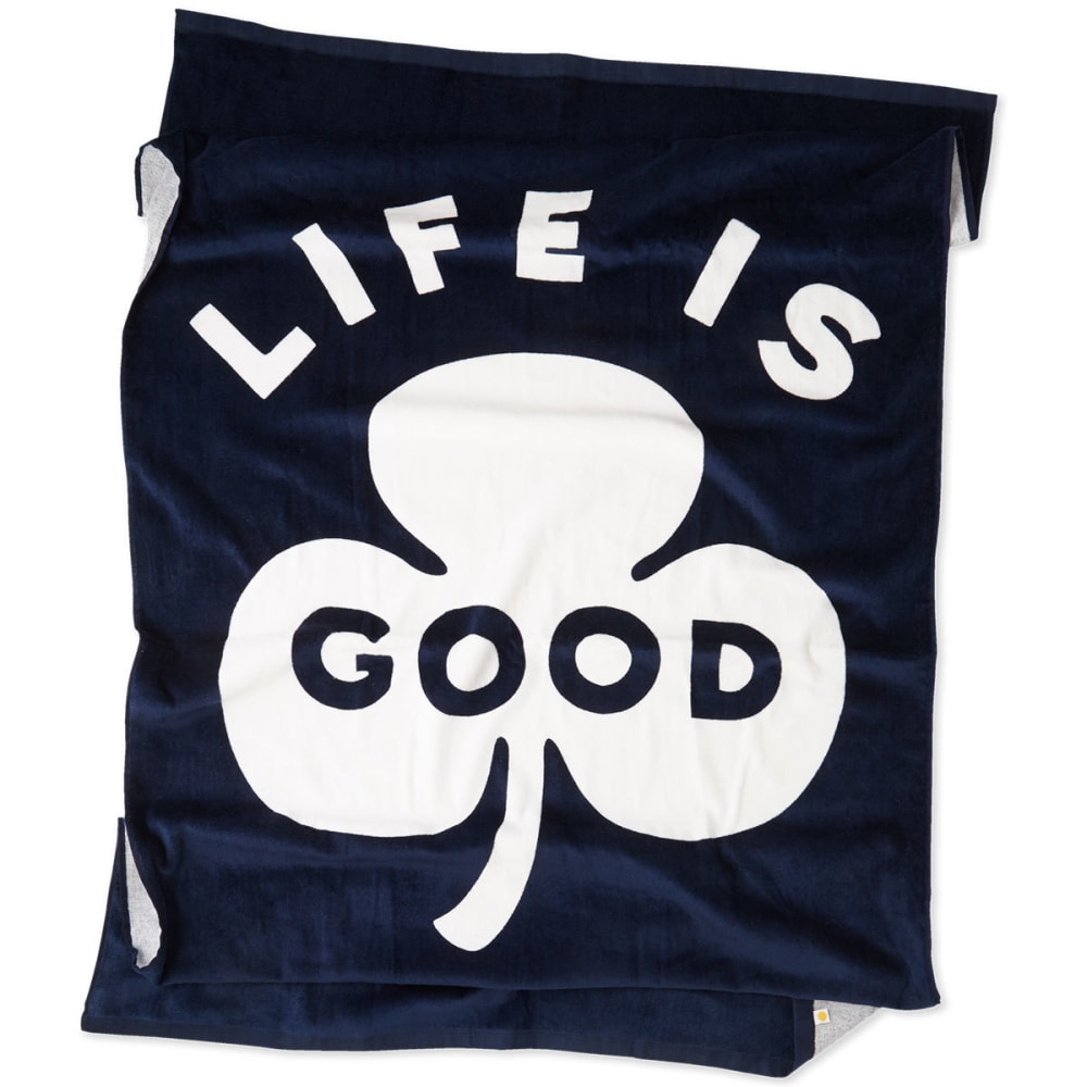 LIFE IS GOOD Clover Beach Towel - DARKEST BLUE