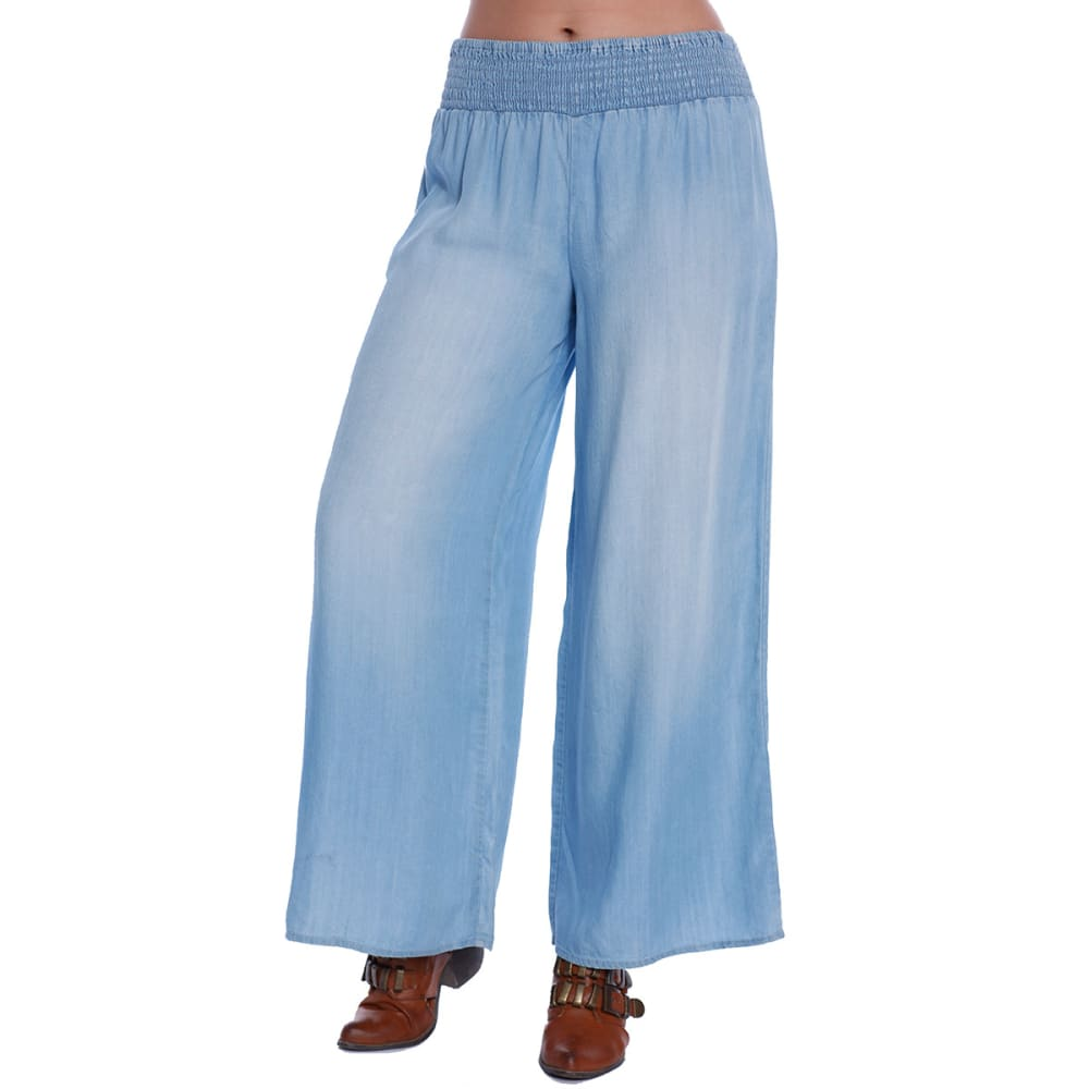 TAYLOR & SAGE Juniors' Chambray Smocked Waist Palazzo Pants - WASHED INDIGO
