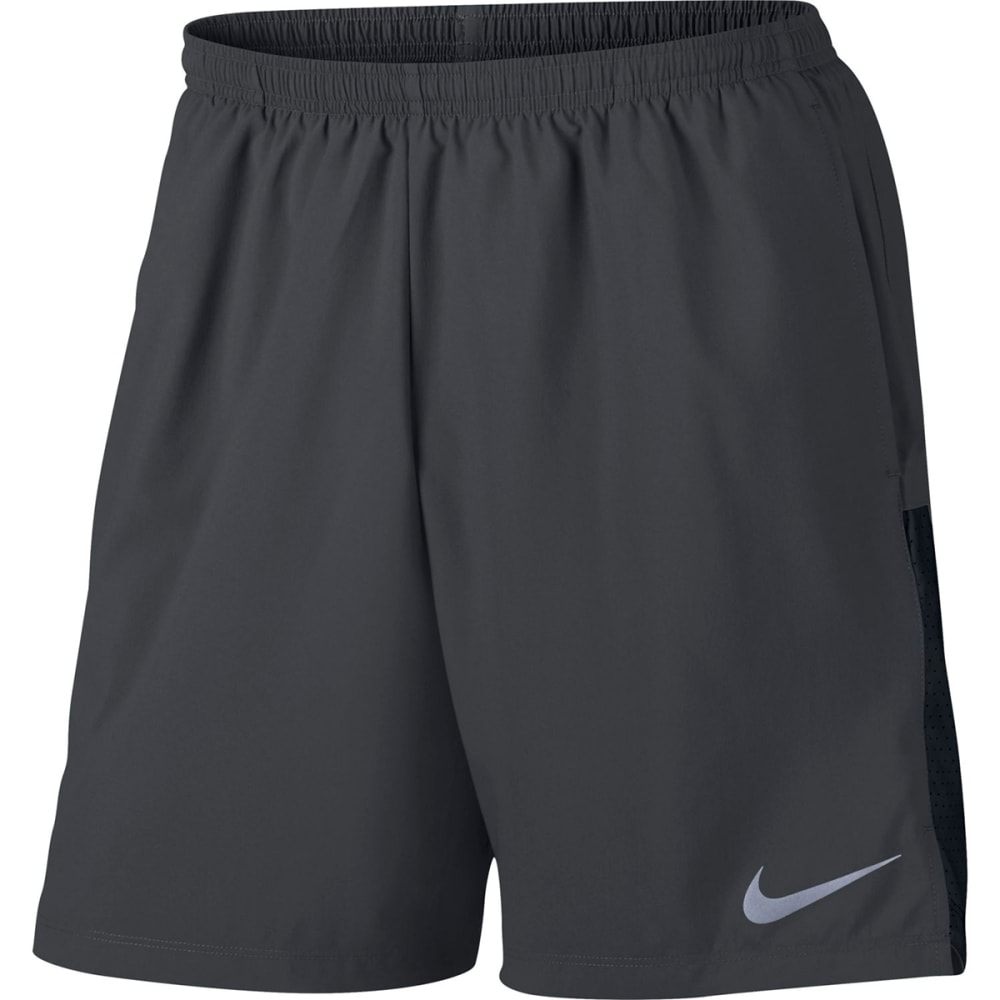 NIKE Men's Challenger 7 Inch Running Shorts M