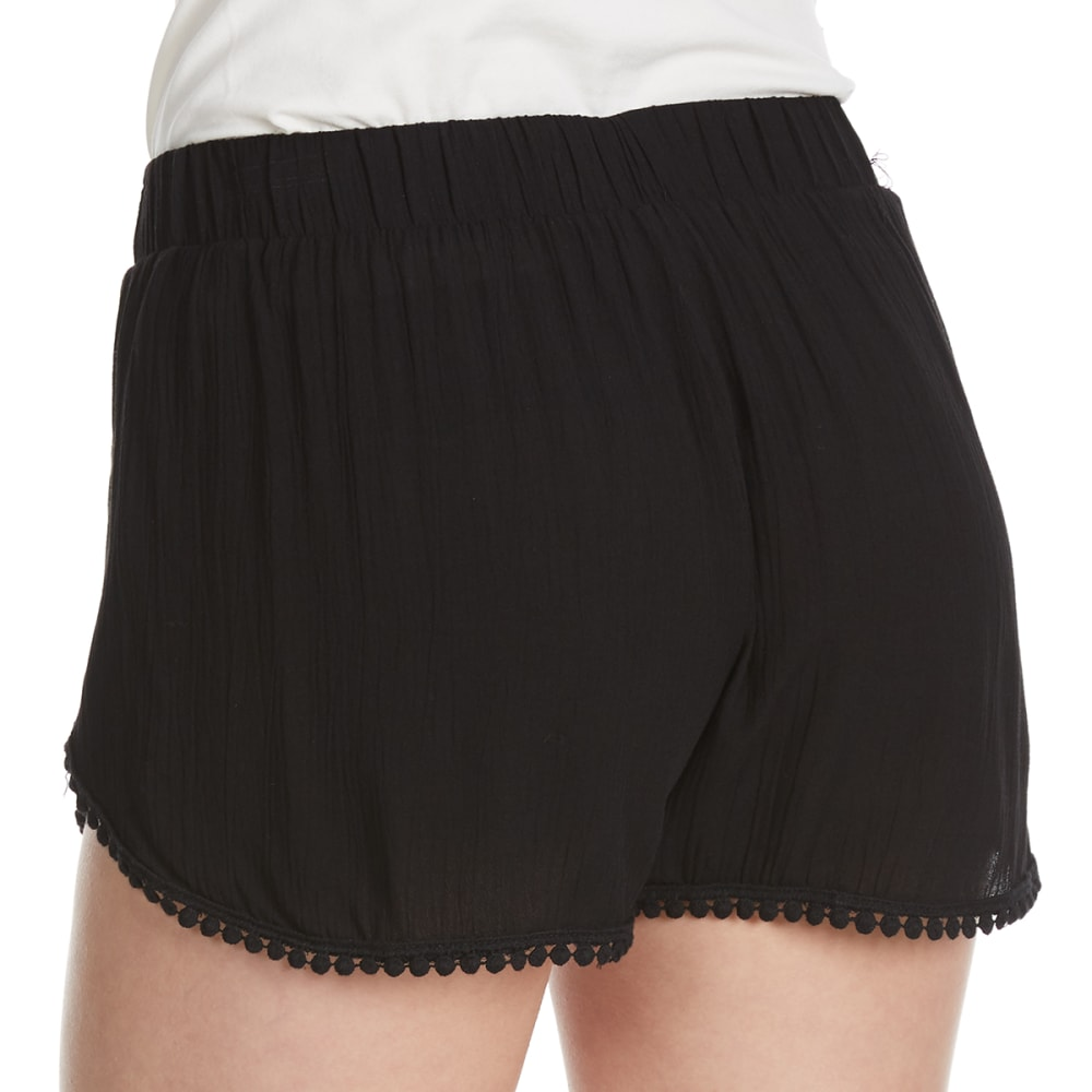 AMBIANCE Juniors' Tulip Crochet Trim Shorts - BLACK