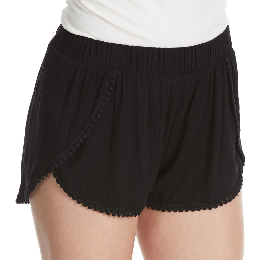 AMBIANCE Juniors' Tulip Crochet Trim Shorts - BLACK