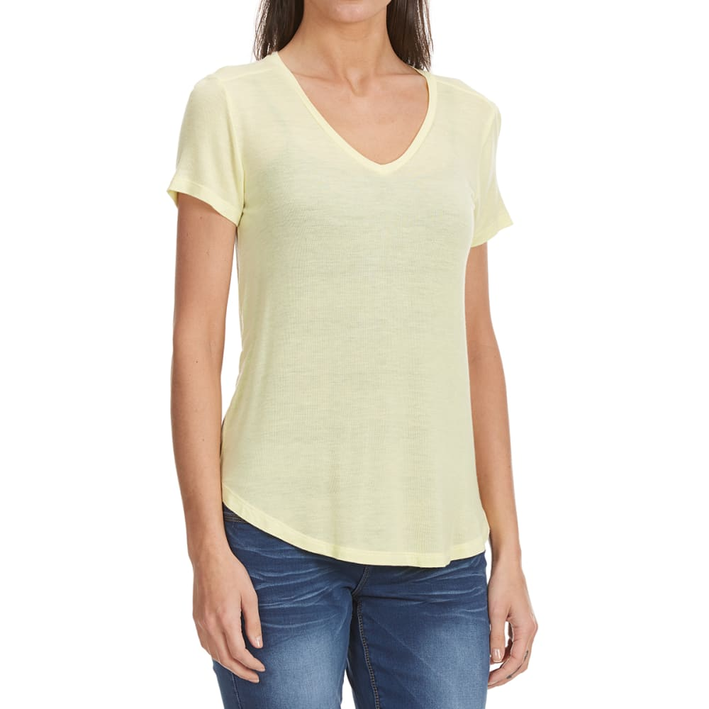 FEMME Women's Baby Hacci V-Neck Tee - PALE YELLOW