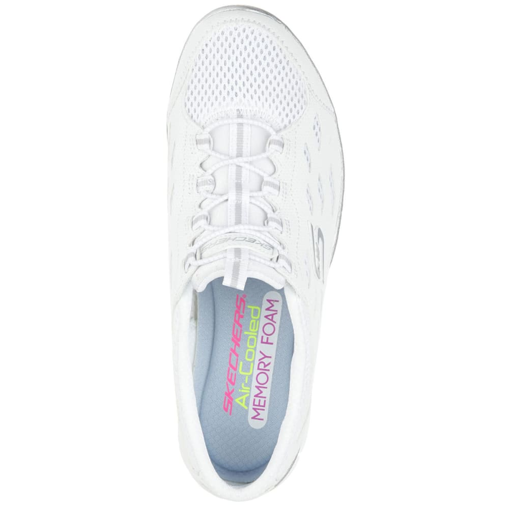 SKECHERS Women's Gratis -  Going Places Shoes, Wide - WHITE