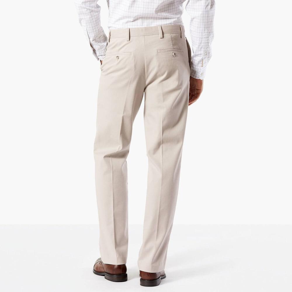 DOCKERS Men's Easy Khaki Classic Fit Stretch Flat-Front Pants - CLOUD-0000