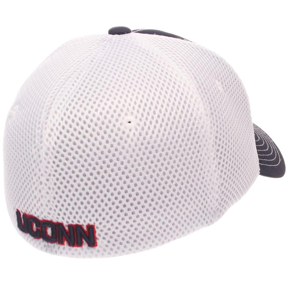 UCONN Men's Pregame Mesh Back Fitted Cap - NAVY/WHITE
