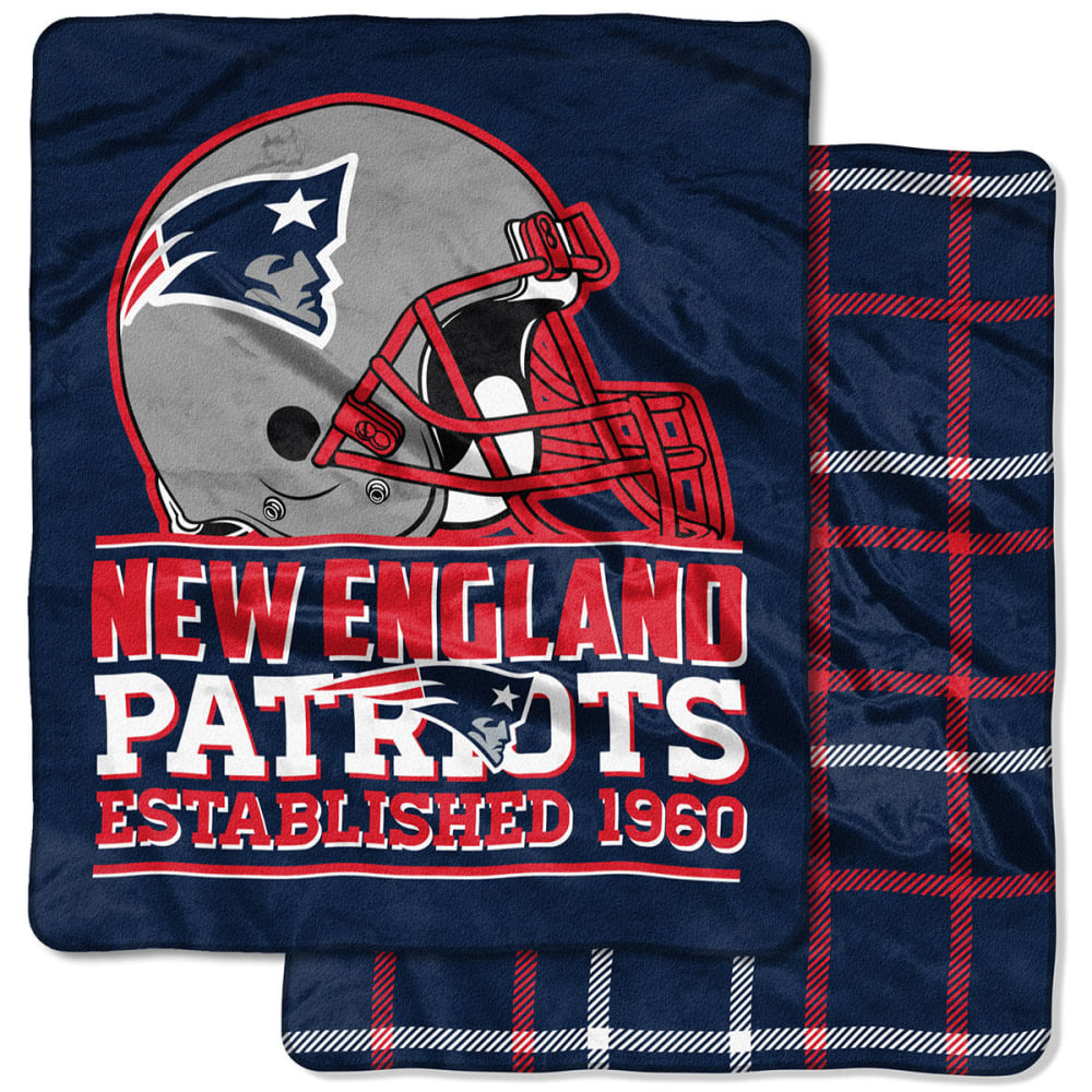 NEW ENGLAND PATRIOTS Double-Sided Cloud Throw Blanket - NAVY