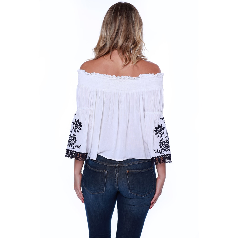 TAYLOR & SAGE Juniors' Tassel Front Off The Shoulder Top - WHC-WHITE CLIFFS
