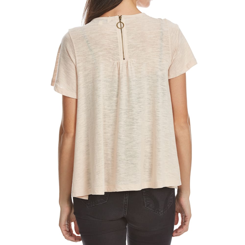 CRIMSON IN GRACE Women's Zip-Back Knit Short-Sleeve Tee - SAS-SANDSTONE