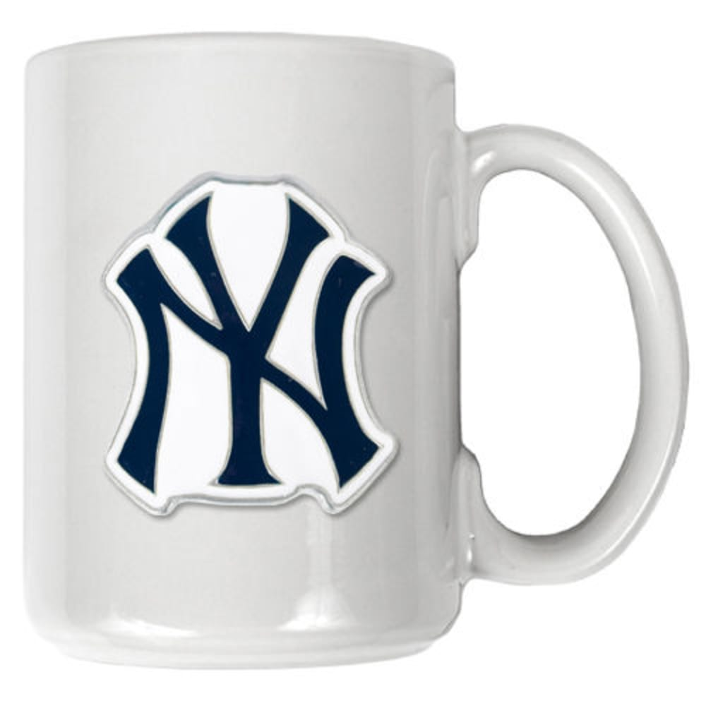 NEW YORK YANKEES 3D Metal Emblem Mug - WHITE