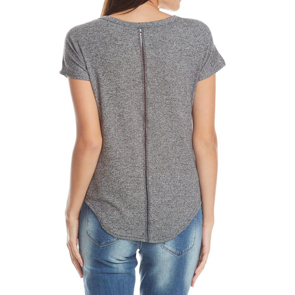 POOF Juniors' Marled V-Neck Short Sleeve Pocket Tee - BLACK