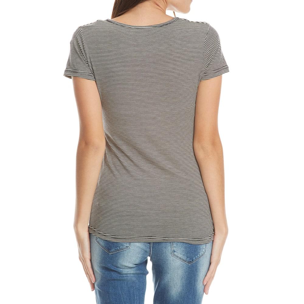 POOF Juniors' Rose Embroidered Short Sleeve V-Neck Top - BLACK