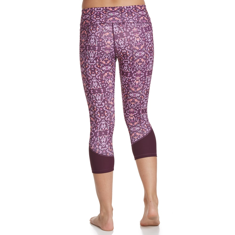 APANA Women's Printed Capri Leggings - PLUM COMBO