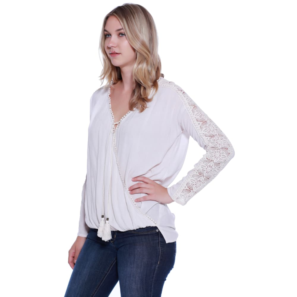 TAYLOR & SAGE Juniors' Wrap Front Balloon Waist Top - GSU-GOAT SUEDE