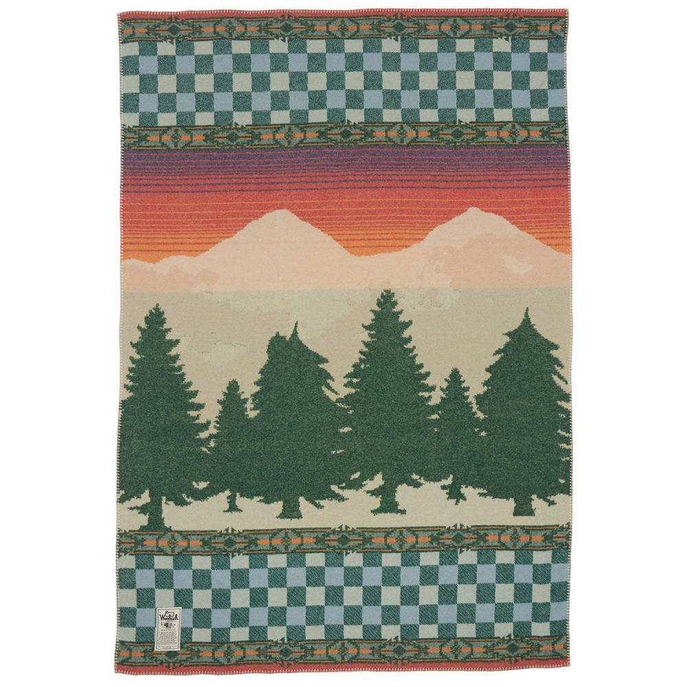 WOOLRICH Forest Ridge Jacquard Wool Blanket - MOUNTAIN SCENE