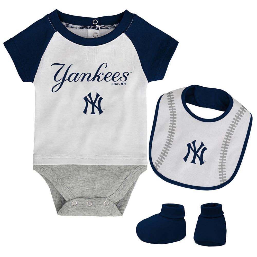 NEW YORK YANKEES Infant Boys' Bib, Booties, and Creeper Set - NAVY