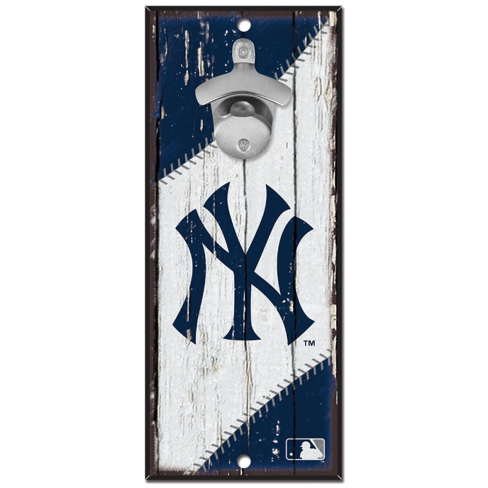 NEW YORK YANKEES Wood Sign With Bottle Opener - NO COLOR