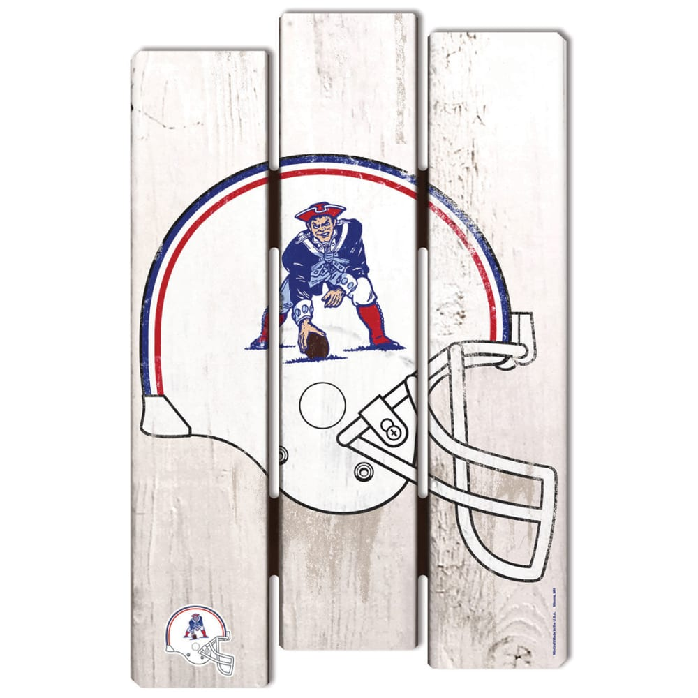 NEW ENGLAND PATRIOTS Pat Patriot Wood Fence Sign - WHITE
