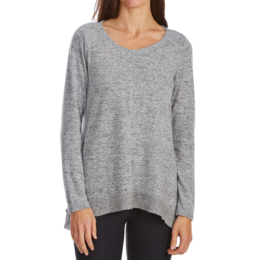ABSOLUTELY FAMOUS Women's Brushed Hacci Sharkbite Long-Sleeve Sweater - LIGHT GREY HEATHER