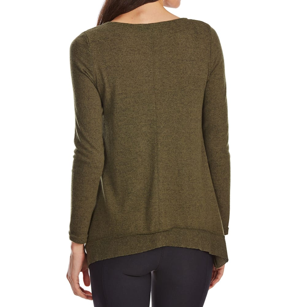 ABSOLUTELY FAMOUS Women's Brushed Hacci Sharkbite Long-Sleeve Sweater - OLIVE
