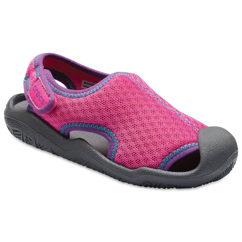 CROCS Girls' Swiftwater Sandals - MAGENTA-6OL