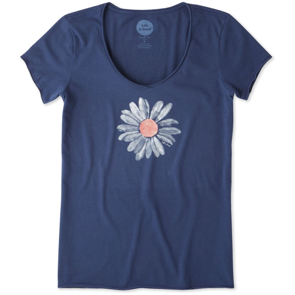 LIFE IS GOOD Women's Big Daisy Smooth Scoop Tee Shirt - POWDER BLUE
