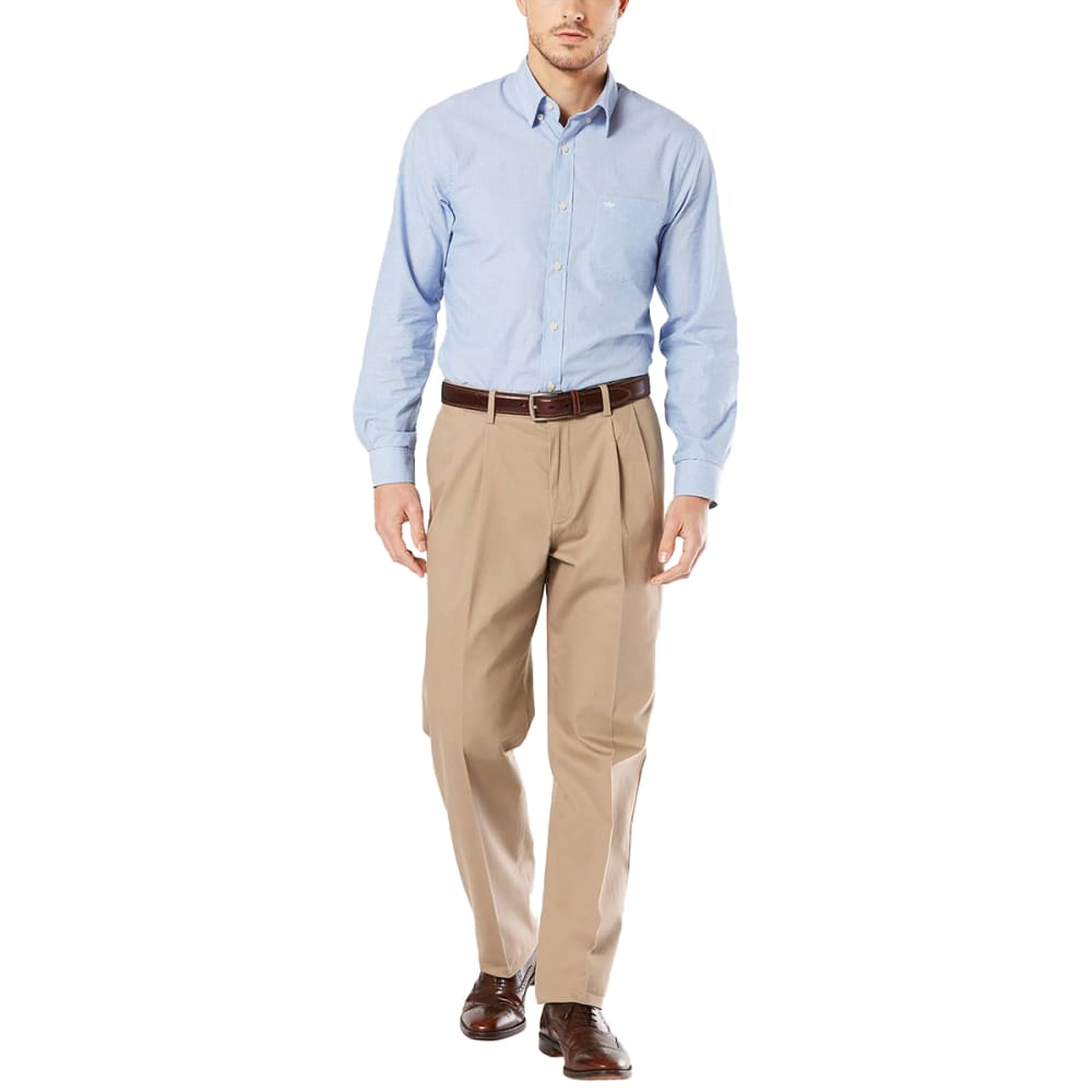 DOCKERS Men's Relaxed Fit Pleated Signature Stretch Khaki Pants - Discontinued Style 30/32